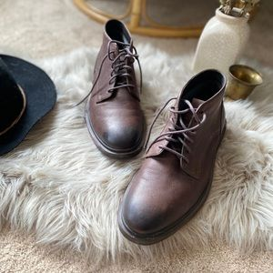 Cole Haan Men's 9.5 lace up brown leather boot
